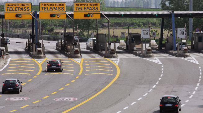 casello-autostrada_02