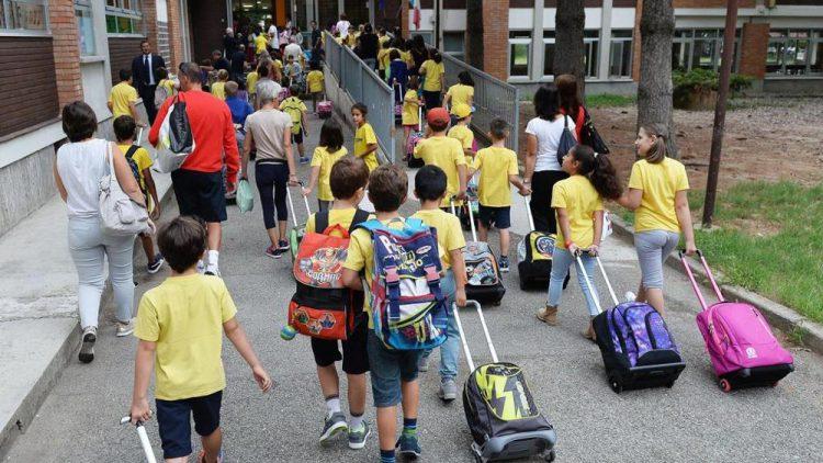 bambini scuole di montagna